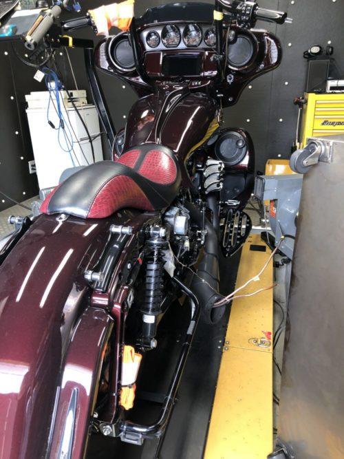 これぞNo.1モンスターバイク!!!脅威の126馬力!!2019年CVO FLHXSE CVO ストリートグライドのチューニング!130ciエンジンボアアップ、T-MAN002カム、アレンネスエアクリーナー、フリーダムパフォーマンスターンアウト2-1!